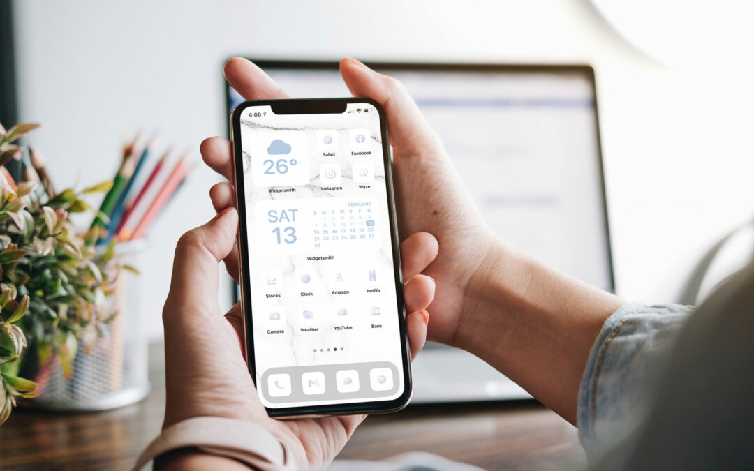 White/Iridescent iPhone icons